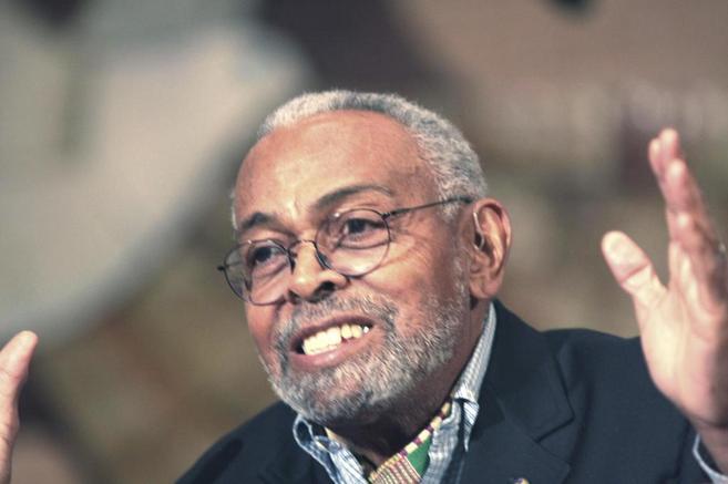 El escritor afroamericano Amiri Baraka (1934-2014), autor de...