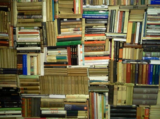 Libros que pertenecieron a Szymborska.