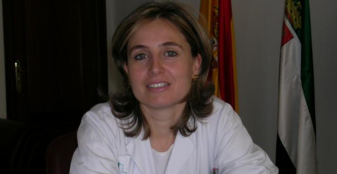 La ex consejera socialista de Sanidad extremeña, María Jesús...