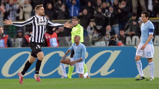 Llorente celebra el gol del empate frente al Lazio.