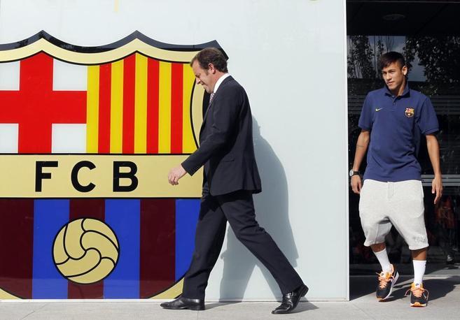 Sandro Rosell y Neymar, el día de la presentación del brasileño.