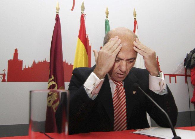 José María del Nido anuncia que deja la presidencia del Sevilla FC...