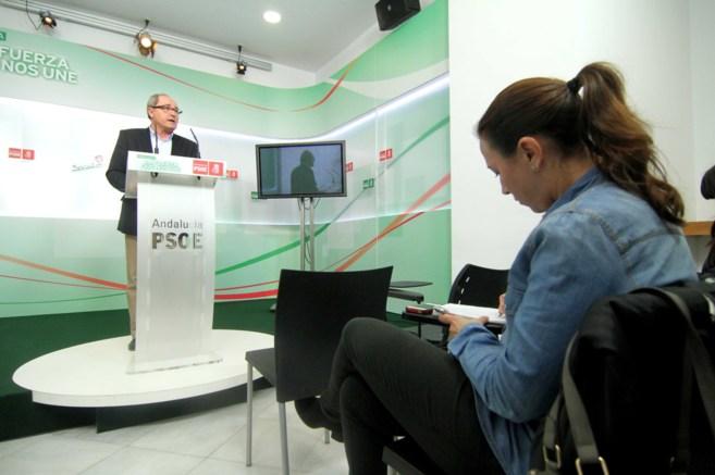 El secretario de Organización del PSOE-A, Juan Cornejo, durante la...