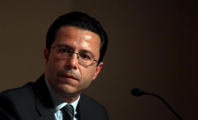 El consejero de Sanidad, Javier Fernández-Lasquetty, en rueda de...