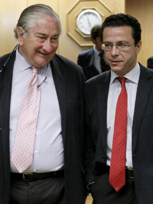 Javier Rodríguez, junto a Lasquetty en una foto de archivo.