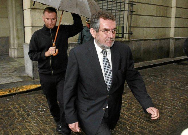 El ex delegado de Empleo Antonio Rivas, en los juzgados por el...