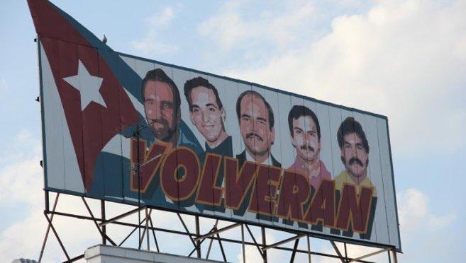 Cartel en apoyo de los cinco en La Habana.