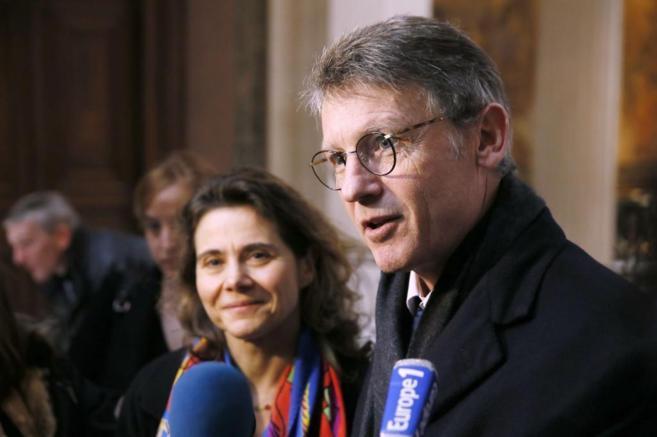 El ministro francés de Educación, Vicent Pellon, atiende a la prensa...