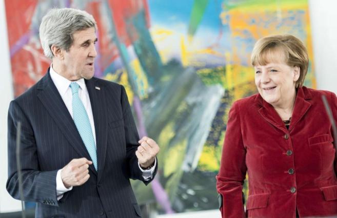 Kerry y Merkel, esta mañana en Berlín.
