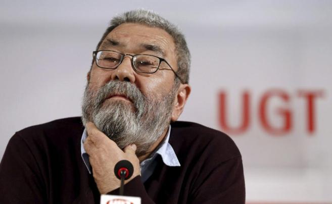 El secretario general de UGT, Cándido Méndez, durante una rueda de...