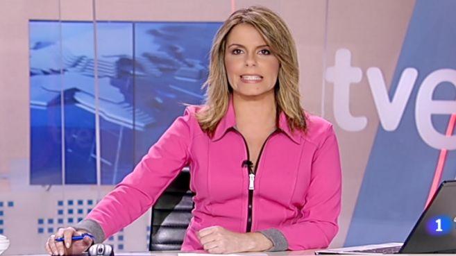 Pilar García Muñiz conduce el Telediario 1 de TVE.