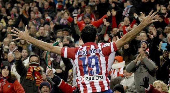 Diego Costa celebra su gol a la Real Sociedad.