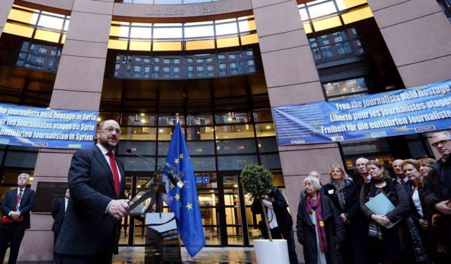 Martin Schulz, en una ceremonia ante europarlamentarios, periodistas y...