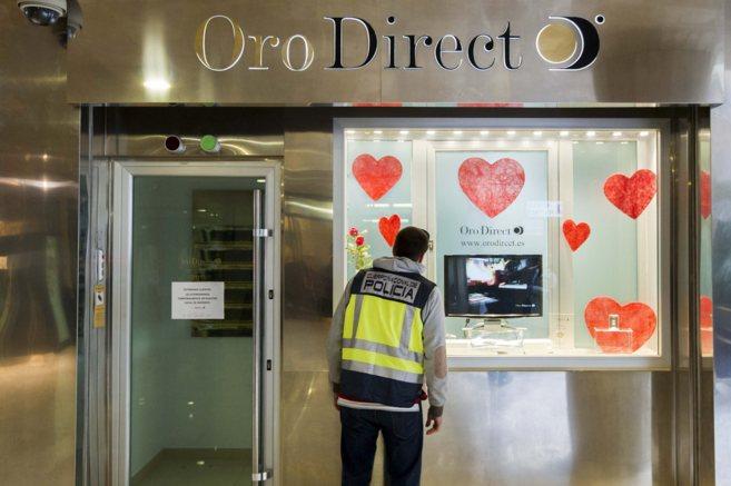 1ff163cc5ca9 La Policía registra una oficina de compraventa de oro en Valencia ...