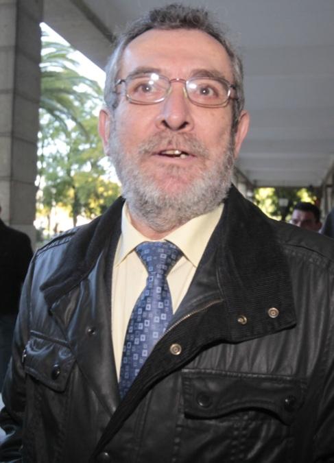 Antonio Rivas, a su llegada a los juzgados de Sevilla.