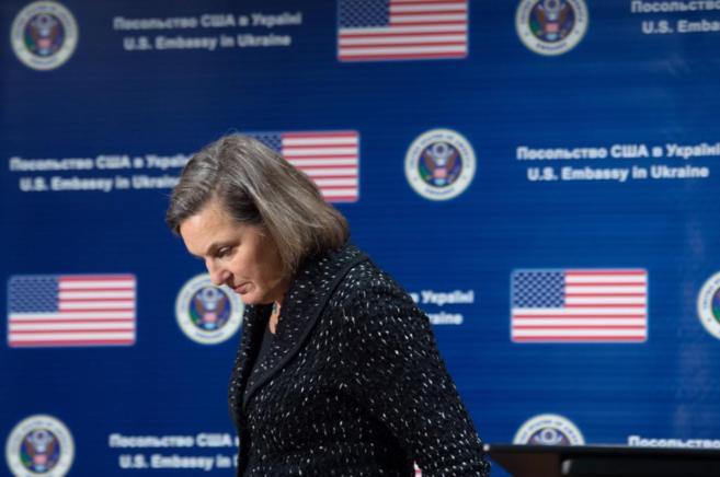 La secretaria de Estado de EEUU adjunta para asuntos europeos,...