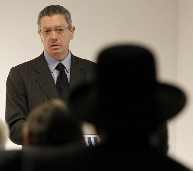 Alberto Ruiz-Gallardón, en un acto en el centro Sefardad-Israel en...
