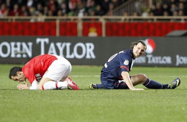 Ibrahimovic y Carvalho, durante el partido.
