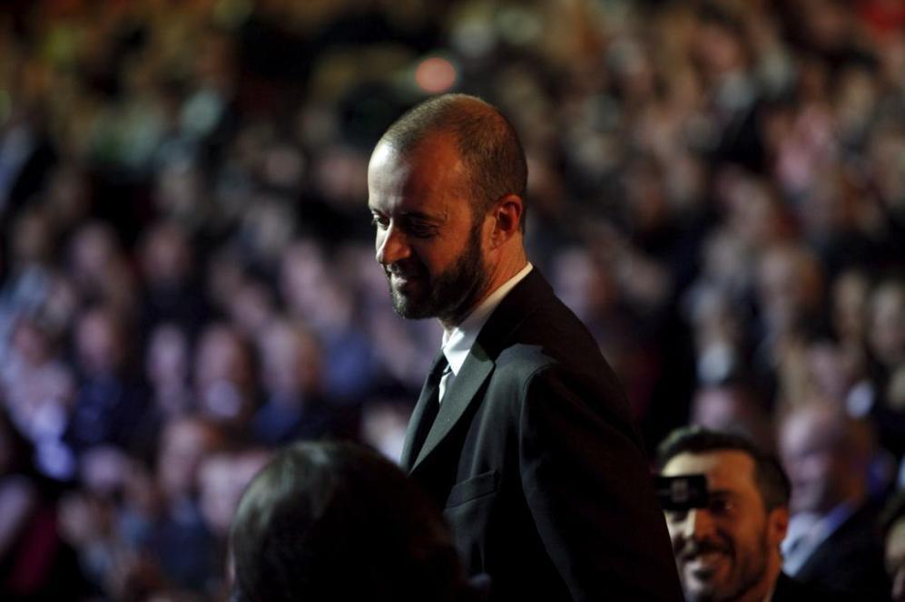 Fernando Franco se levanta dirección al escenario tras escuchar su...