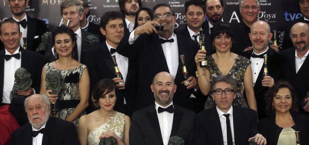 Imagen de varios de los ganadores junto a González Macho y a Manel...