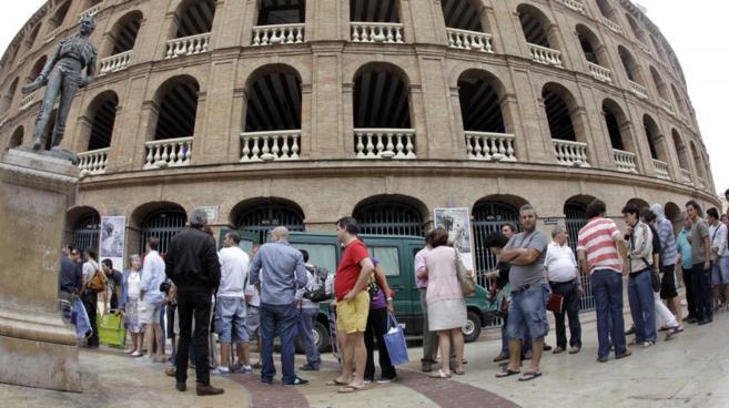 Exteriores de la plaza de toros de Valencia.