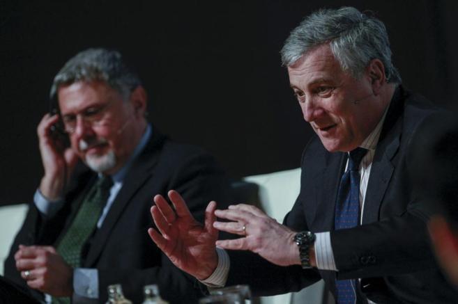 En primer término, el vicepresidente de la UE, Antonio Tajani.