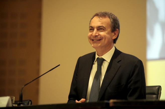 José Luis Rodríguez Zapatero, durante la inauguración de un...