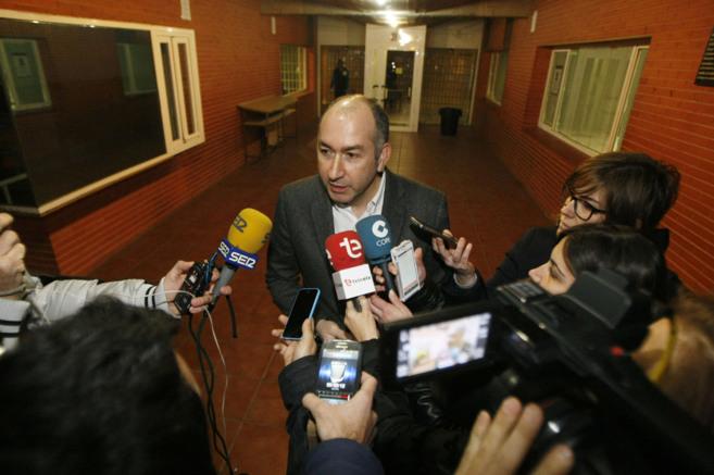 Soler, haciendo declaraciones a los medios tras haber declarado en el...