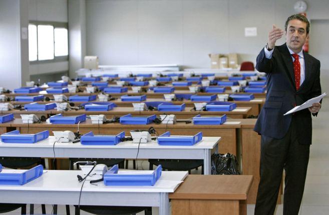 El ex vicepresidente Víctor Campos, en la sala del avance electoral...