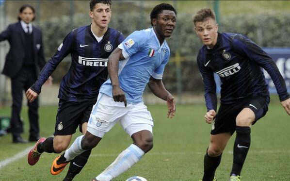 Joseph Minala, durante un partido contra el Inter.