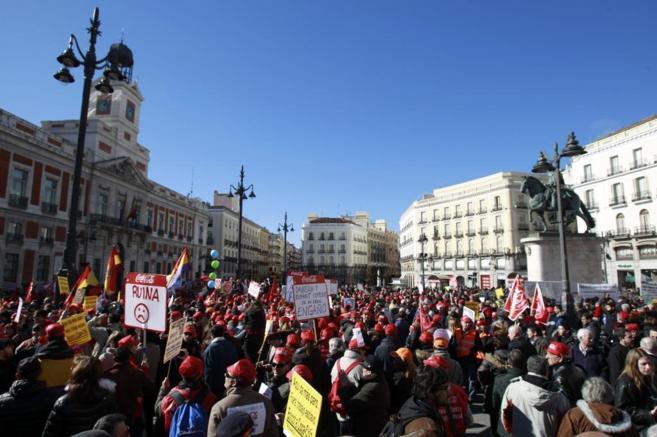 Manifestantes de Coca Cola esta semana, protestando en Sol.