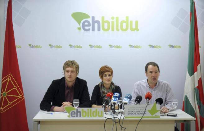 Maiorga Ramírez, Bakartxo Ruiz y Xabi Lasa durante la conferencia de...
