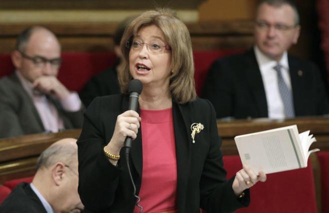 La consellera de Educación, Irene Rigau, en el Parlament