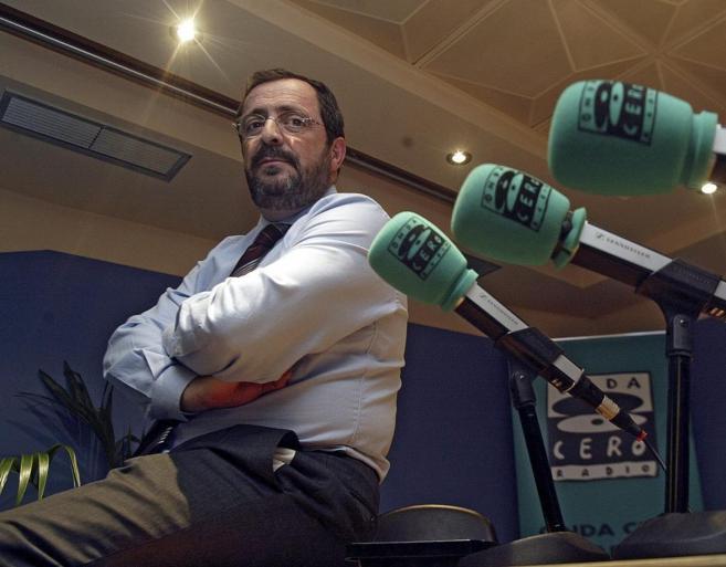 Javier González Ferrari, en los estudios de Onda Cero.