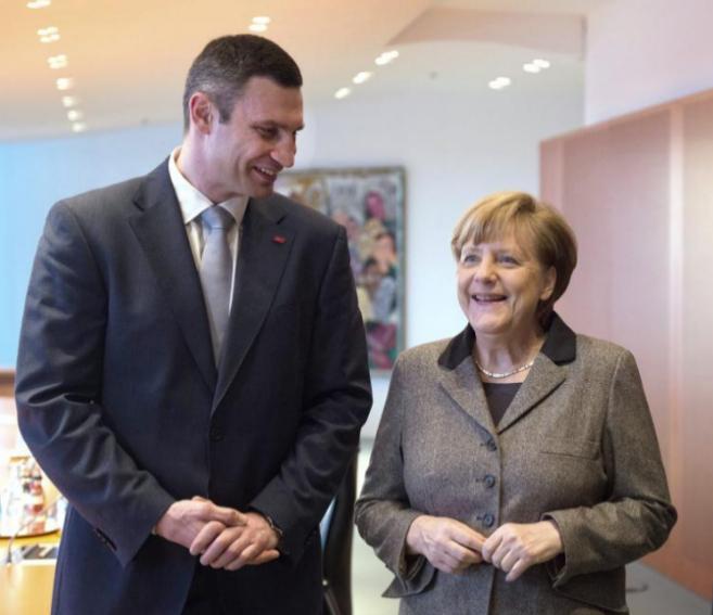 Angela Merkel se reúne con el político ucraniano Vitali Klitschko en...