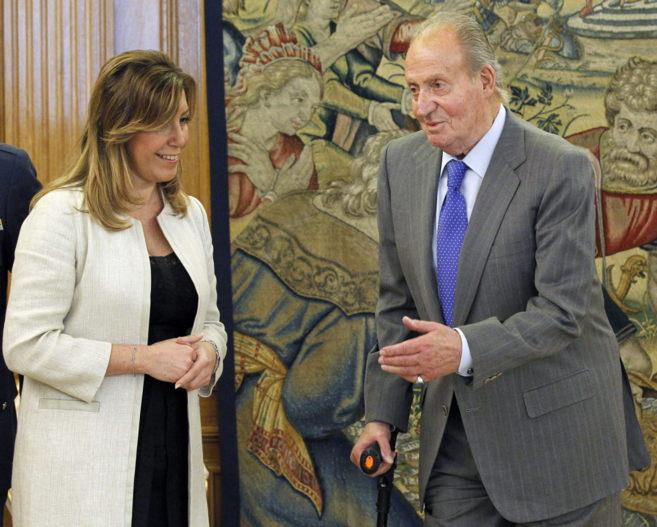Susana Díaz y el Rey Juan Carlos, este lunes en la Zarzuela.