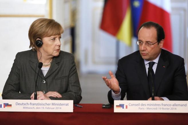 Angela Merkel y François Hollande, durante la rueda de prensa en...
