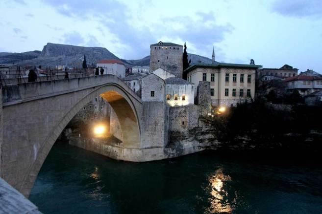 El puente de Mostar, símbolo de odio y reconciliación entre...
