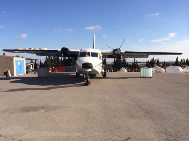 Uno de los CASA 212 de Vigilancia Aduanera, sin un motor ni otras...
