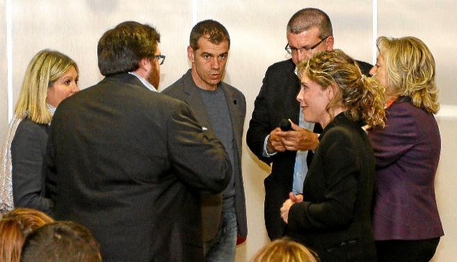 Toni Cantó y Fernando Llopis, en el acto central de UPyD en Alicante.