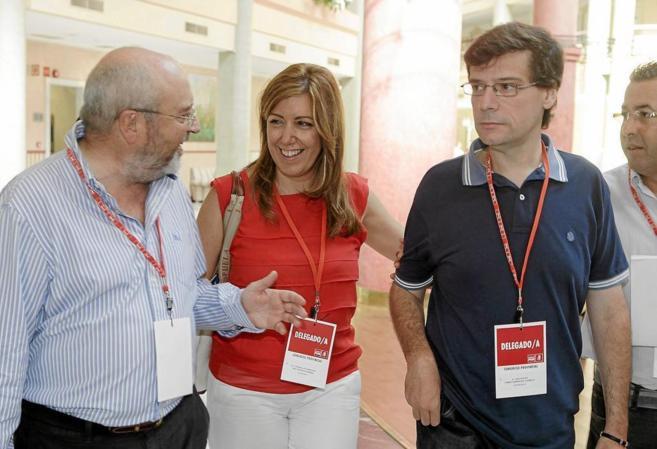 José Caballos, Susana Díaz y Carmelo Gómez, en el último congreso...