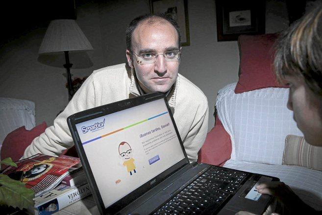 Daniel González deVega, uno de los fundadores de Smartick, con un...