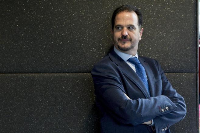 Carlos Iturgáiz, durante una entrevista en 2013.
