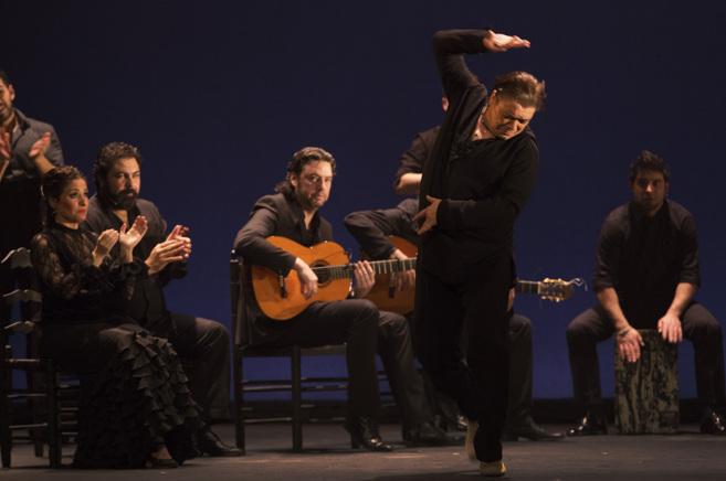 Antonio Canales durante la representación de 'Gala...