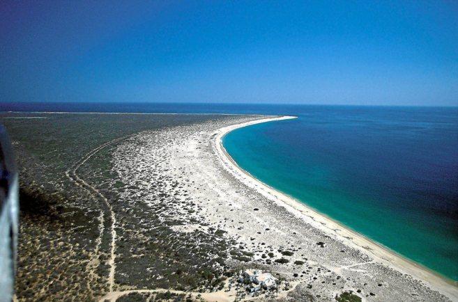 Aspecto de los terrenos de Cabo Cortes, en la Baja California de...
