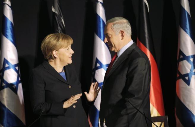La canciller Merkel y el primer ministro Netanyahu, durante su...