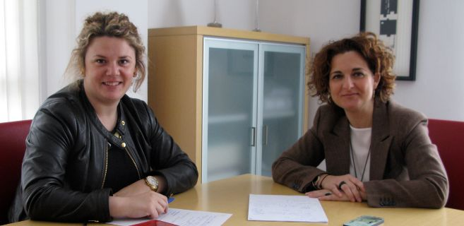 La nueva secretaria de Ronda, teresa Valdenebro, y la vicesecretaria...