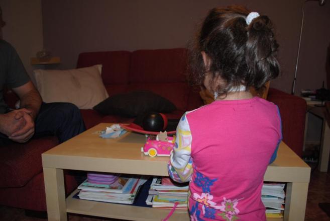Una niña enferma del síndrome de Odine, una enfermedad rara.