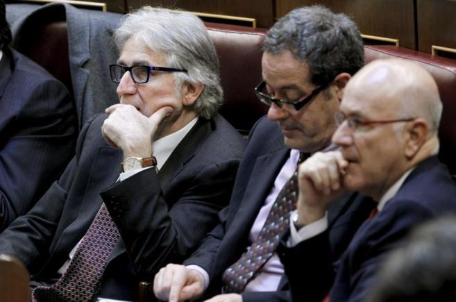 Pere Macías, entre Josep Sánchez Llibre y Josep Antoni Duran Lleida...