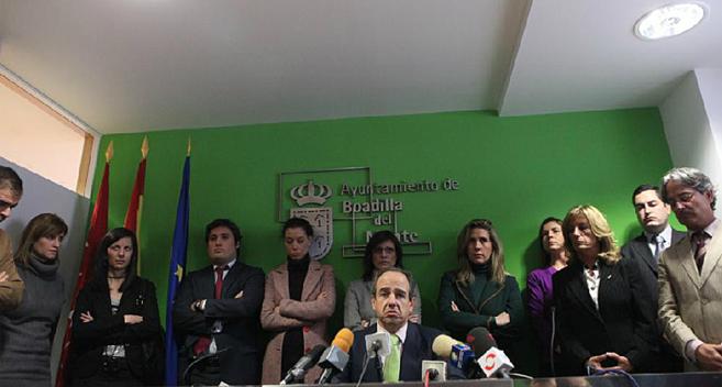 Arturo González Panero, junto a su equipo de Gobierno en 2007.